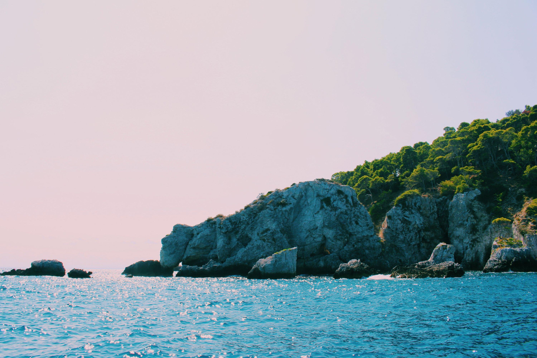sogni in valigia tremiti mare azzurro puglia isola di san nicola san domino tremititour cretaccio scoglio dell'elefante